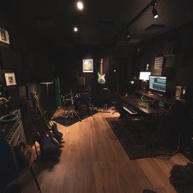 Vue d'ensemble du black studio de Jérôme THIERRY